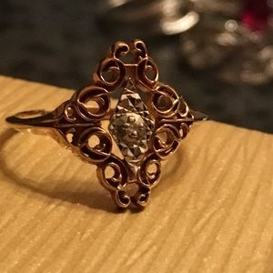 Jewelry - SOLD!!! 10k vintage Art Deco ring